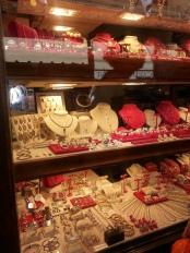 Gold shop storefront