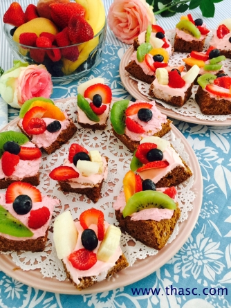 Gingerbread Fruit Sandwiches