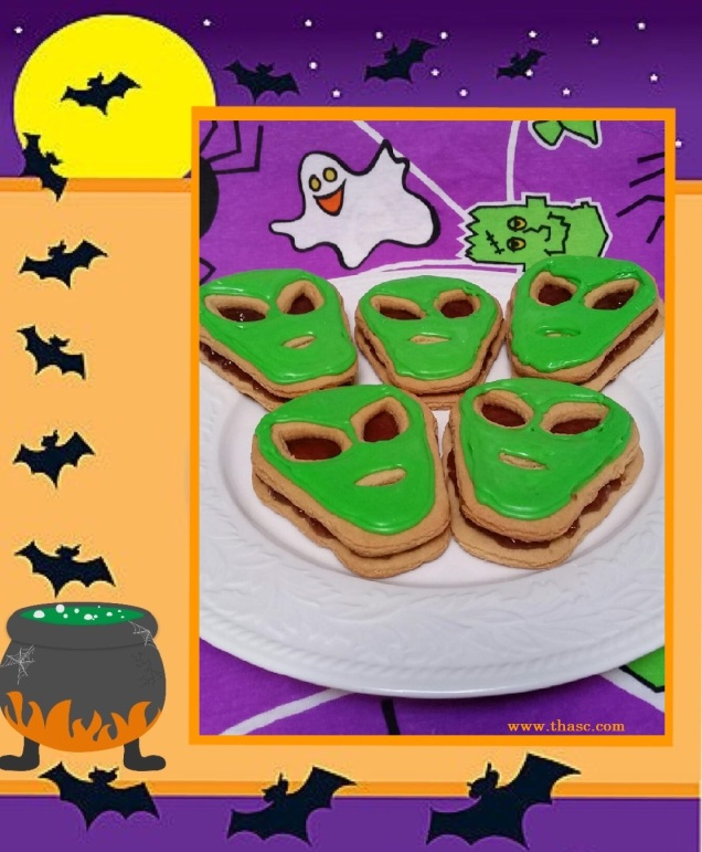 peanut-butter-alien-cookies