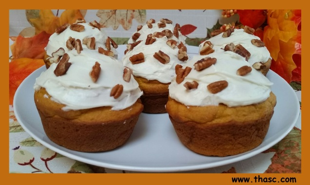 frosted-pumpkin-muffins