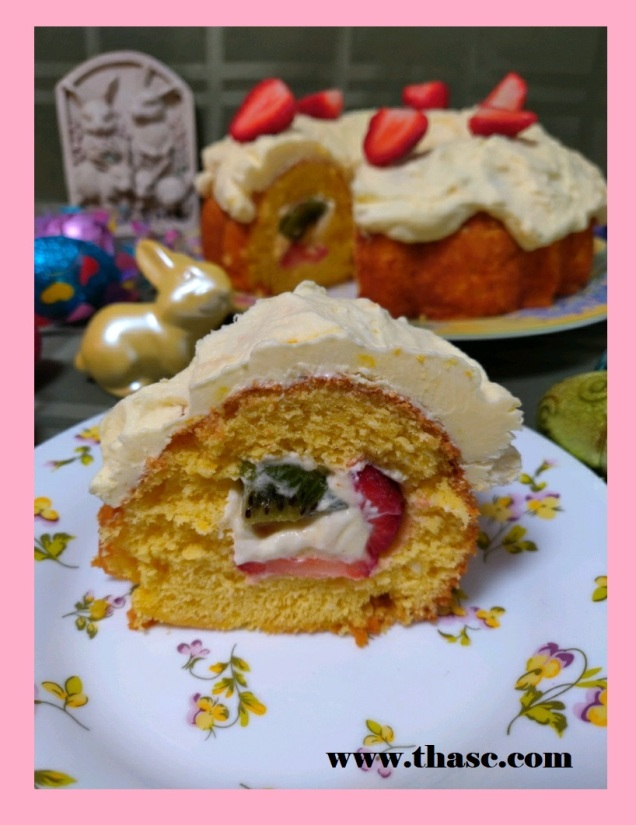 Fruit-Filled Ring Cake